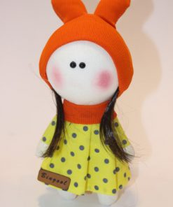 عروسک روسی کلاهدار