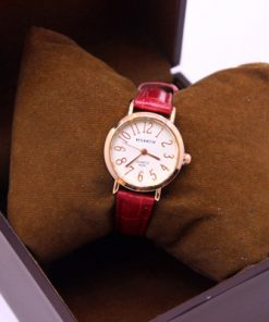 ساعت زنانه قرمز