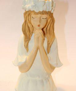 مجسمه دخترک