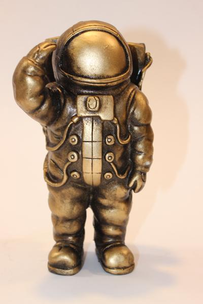 مجسمه فضانورد